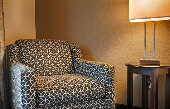 Zimmer Best Western Plus Austin Airport Inn & Suites
