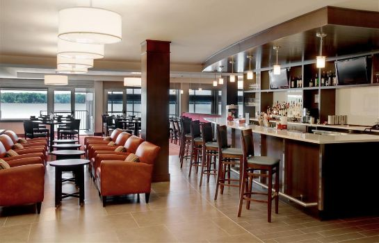 Restaurant Four Points by Sheraton Niagara Falls