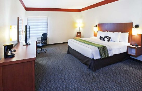 Zimmer La Quinta Inn & Suites Dallas Love Field