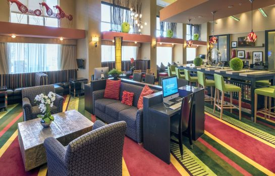 Hotelhalle Hampton Inn - Suites Raleigh-Crabtree Valley NC