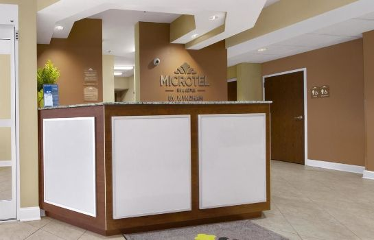 Hotelhalle Microtel Inn & Suites by Wyndham Shelbyville