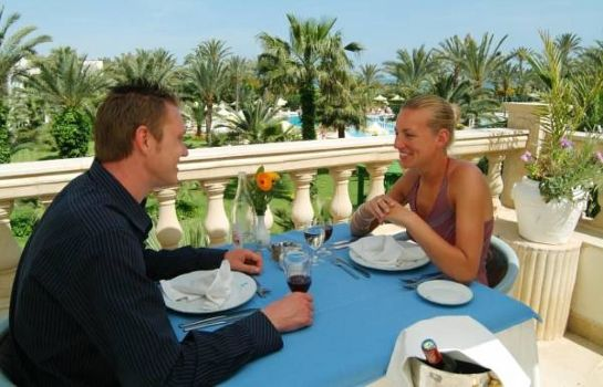 Restaurante Riadh Palms - Family and Couples Only