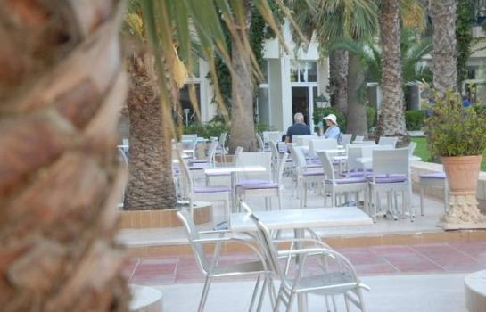 Taras Riadh Palms - Family and Couples Only