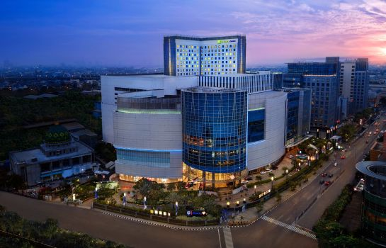 Exterior view Holiday Inn Express JAKARTA PLUIT CITYGATE
