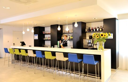 Hotel-Bar Holiday Inn Express AMSTERDAM - ARENA TOWERS