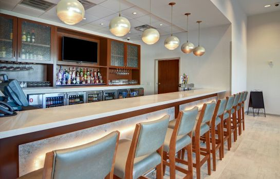 Bar del hotel SpringHill Suites Dallas Plano/Frisco