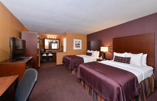 Zimmer Best Western Plus Stovall's Inn