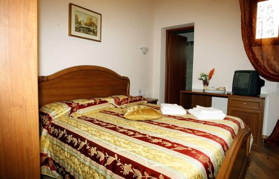 Doppelzimmer Standard Bed and Breakfast Luana Inn Airport