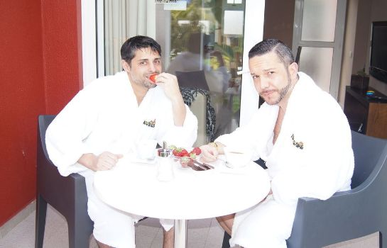 Info Beach Boys Boutique Resort - Caters to Gay Men