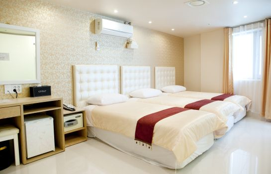 Four-bed room Hotel Cozy Myeongdong Hotel Cozy Myeongdong