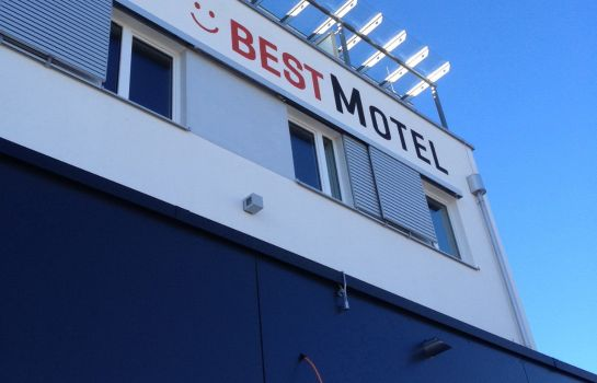 Exterior view Best Motel