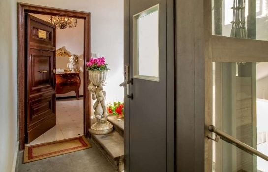 Info Roma Central Guest House