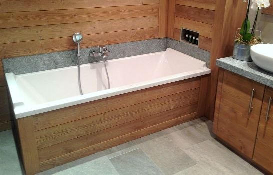 Bagno in camera Le Grand Chalet et Spa