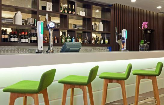 Bar del hotel Hampton by Hilton London Waterloo