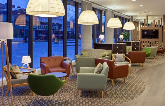 Lobby Hampton by Hilton London Waterloo