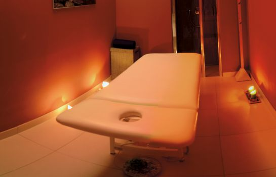 Massageruimte Peras Wellness Hotel