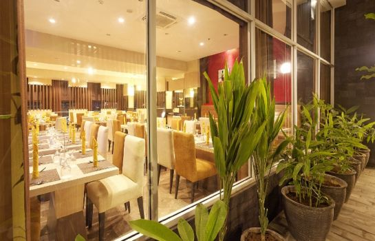 Restaurant Nagoya Mansion Hotel Batam