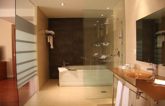 Bathroom Granada Palace Business & Spa