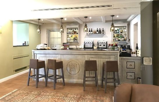 Hotel-Bar Altarocca Wine Resort