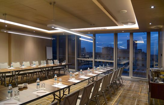 Meeting room Wyndham Grand Istanbul Levent