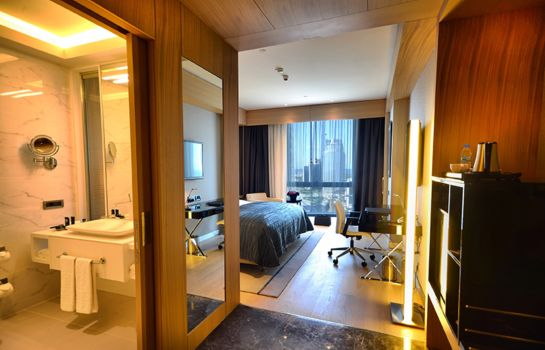 Double room (standard) Wyndham Grand Istanbul Levent