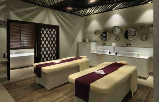 Massage room dusitD2
