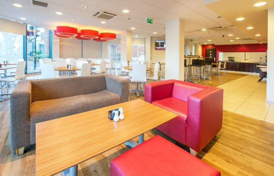 Hotel bar TRAVELODGE LONDON HOUNSLOW