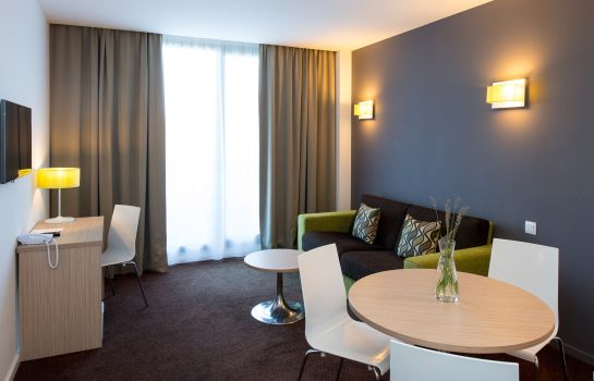 Suite Junior Bluebay City Barcelona Sant Cugat