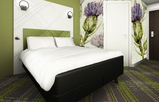Double room (standard) ibis Styles Edinburgh Centre St Andrew Square