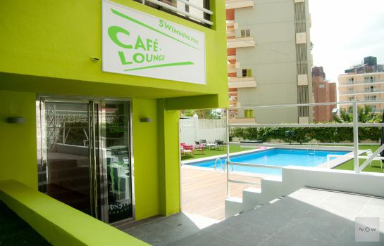 Bar hotelowy Now Benidorm Apartments