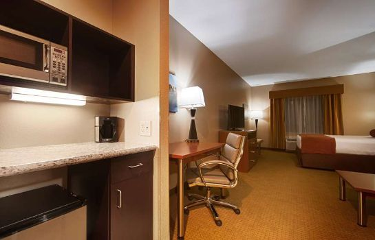 Suite BW PLUS FINGER LAKES INN AND SUITES