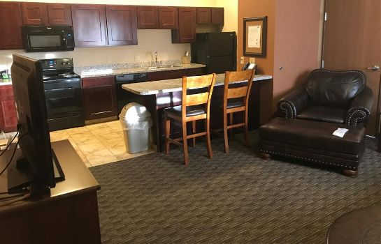 Suite BEST WESTERN NORTH EDGE INN