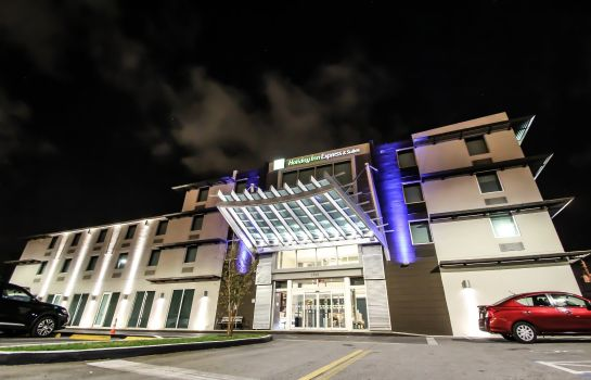 Buitenaanzicht Holiday Inn Express & Suites MIAMI AIRPORT EAST