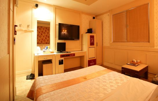 Single room (standard) Aura Tourist Hotel