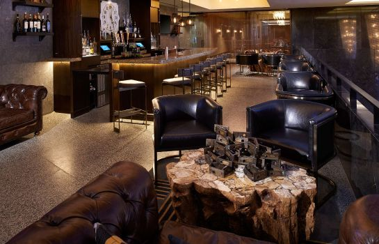 Hotel-Bar Metropolitan at The 9 Autograph Collection
