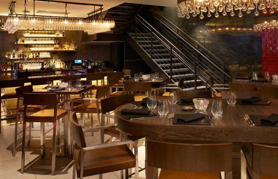 Restaurant Metropolitan at The 9 Autograph Collection