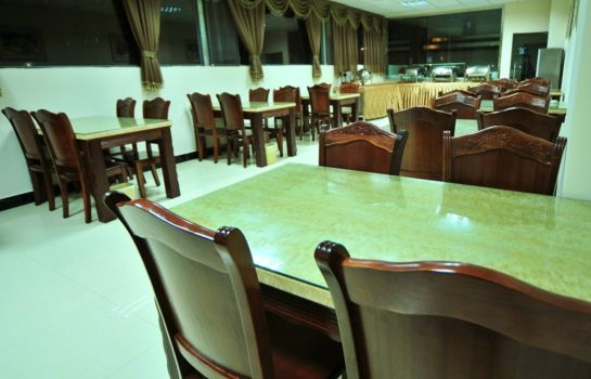 Restaurant Green Tree Chenggong University City Shilin Street Express Hotel (Domestic only)