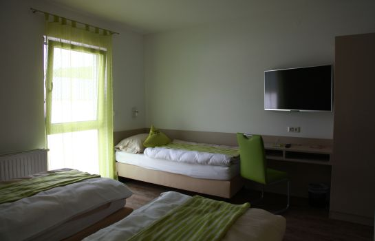 Camera a tre letti Smart Motel