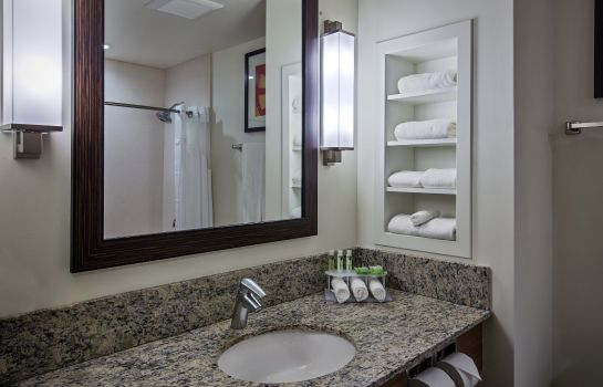 Info Holiday Inn Express & Suites KAILUA-KONA