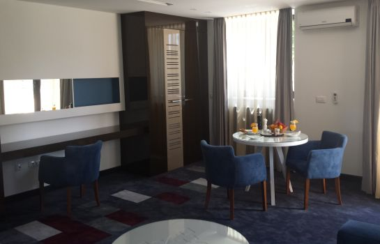 Suite Boutique Bristol Aparthotel