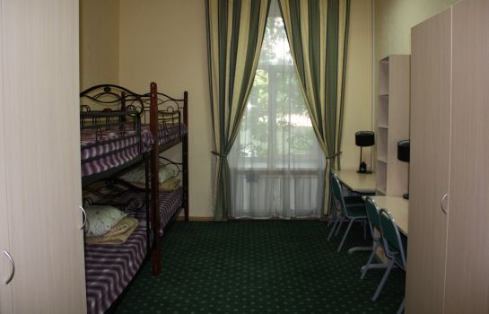 Four-bed room Comfort Park Hostel