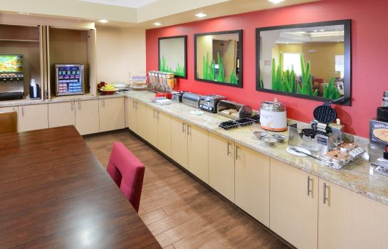 Restaurant TownePlace Suites Houston Westchase