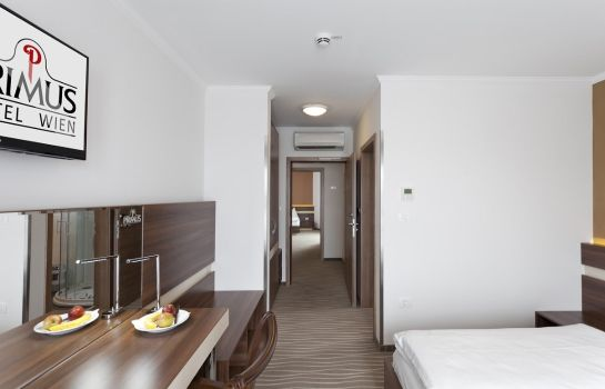 Four-bed room Hotel Primus Wien