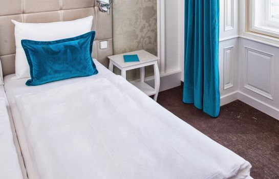 Single room (standard) Motel One Wien-Staatsoper