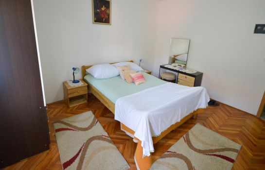 Four-bed room Vila-Nada