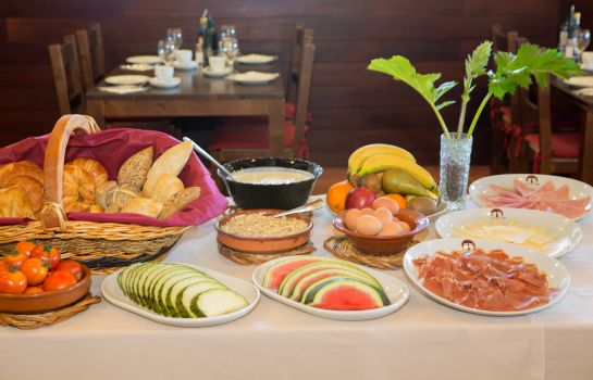 Breakfast buffet Santuari de Cura