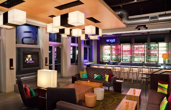 Bar hotelowy Aloft Miami Doral