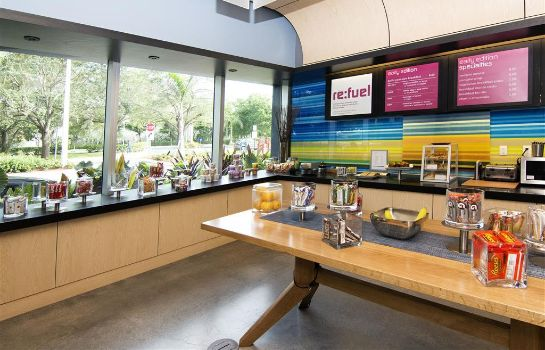 Restaurant Aloft Miami Doral