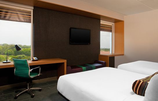 Room Aloft Miami Doral
