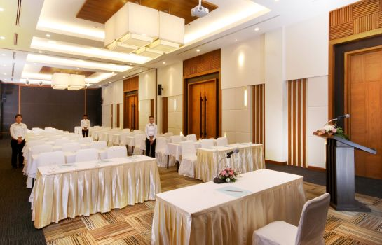 Vergaderkamer Ayutthaya Kantary Hotel & Serviced Apartments